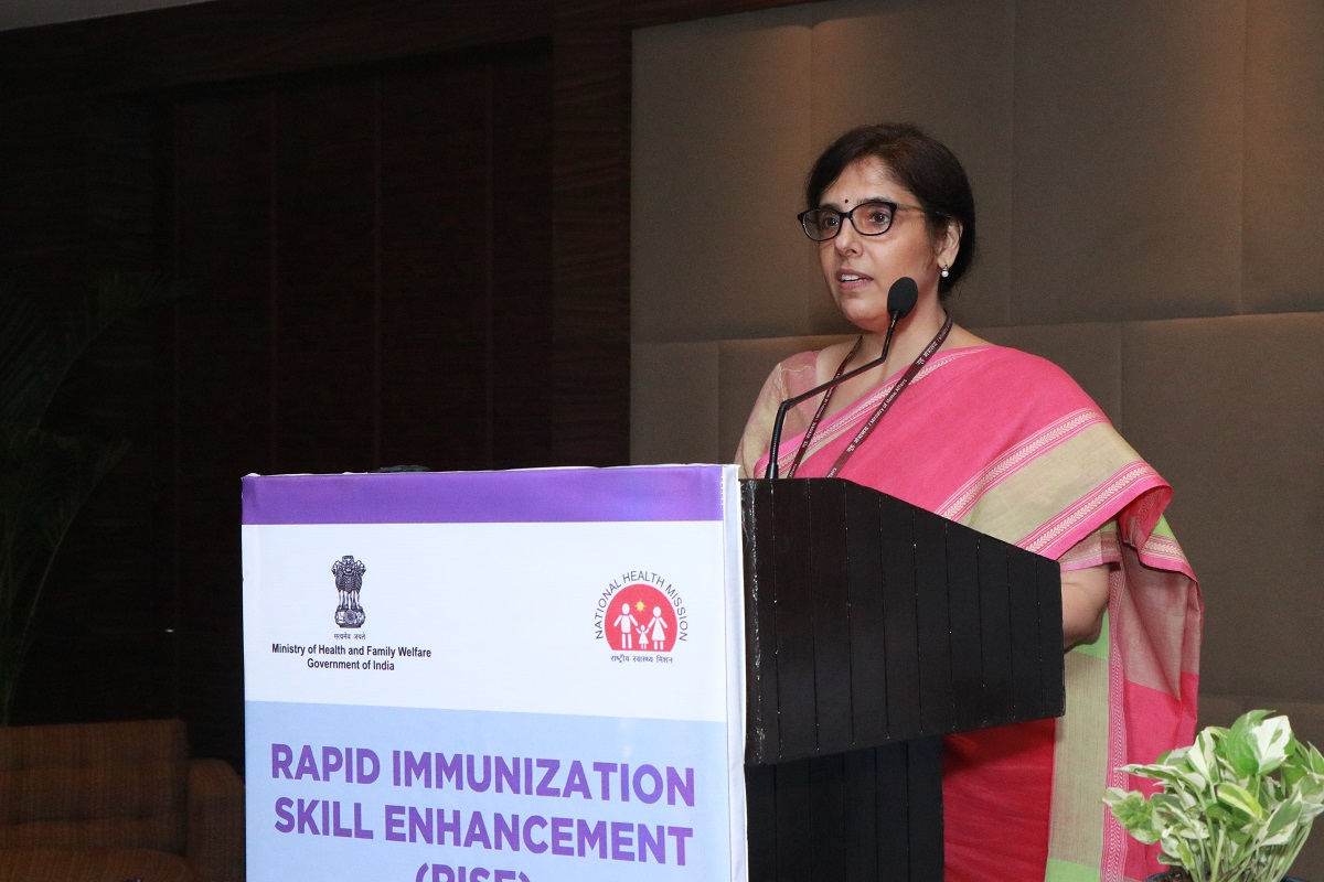 Ms. Vandana Gurnani, IAS, ASMD, NHM addressing the audience