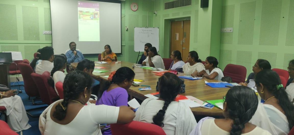 Dr. C Sekar, JD, Immunization, TN addressing the participants at Kancheepuram, TN