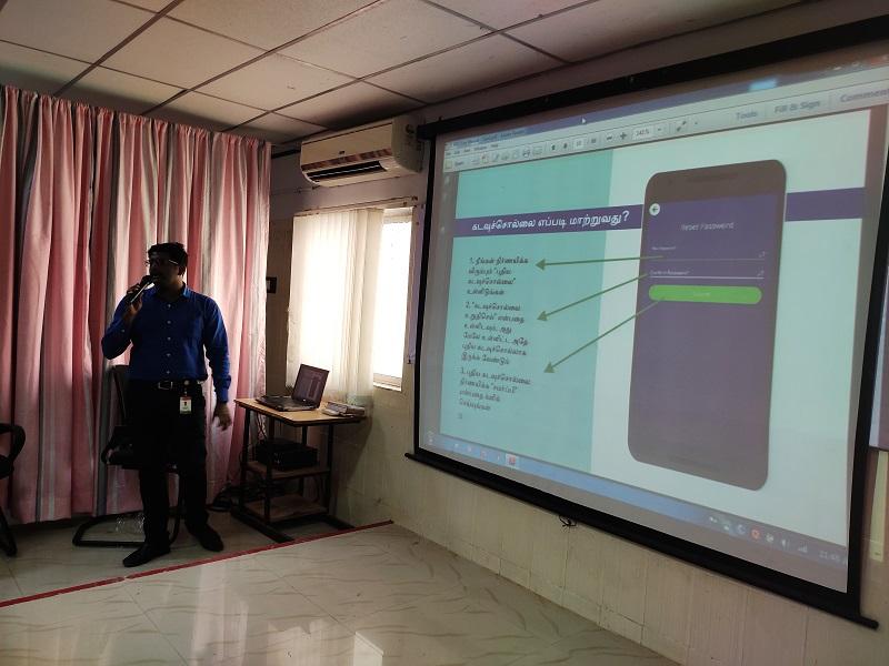 Dr. Manikandan, MO facilitating an orientation session at Kancheepuram, TN